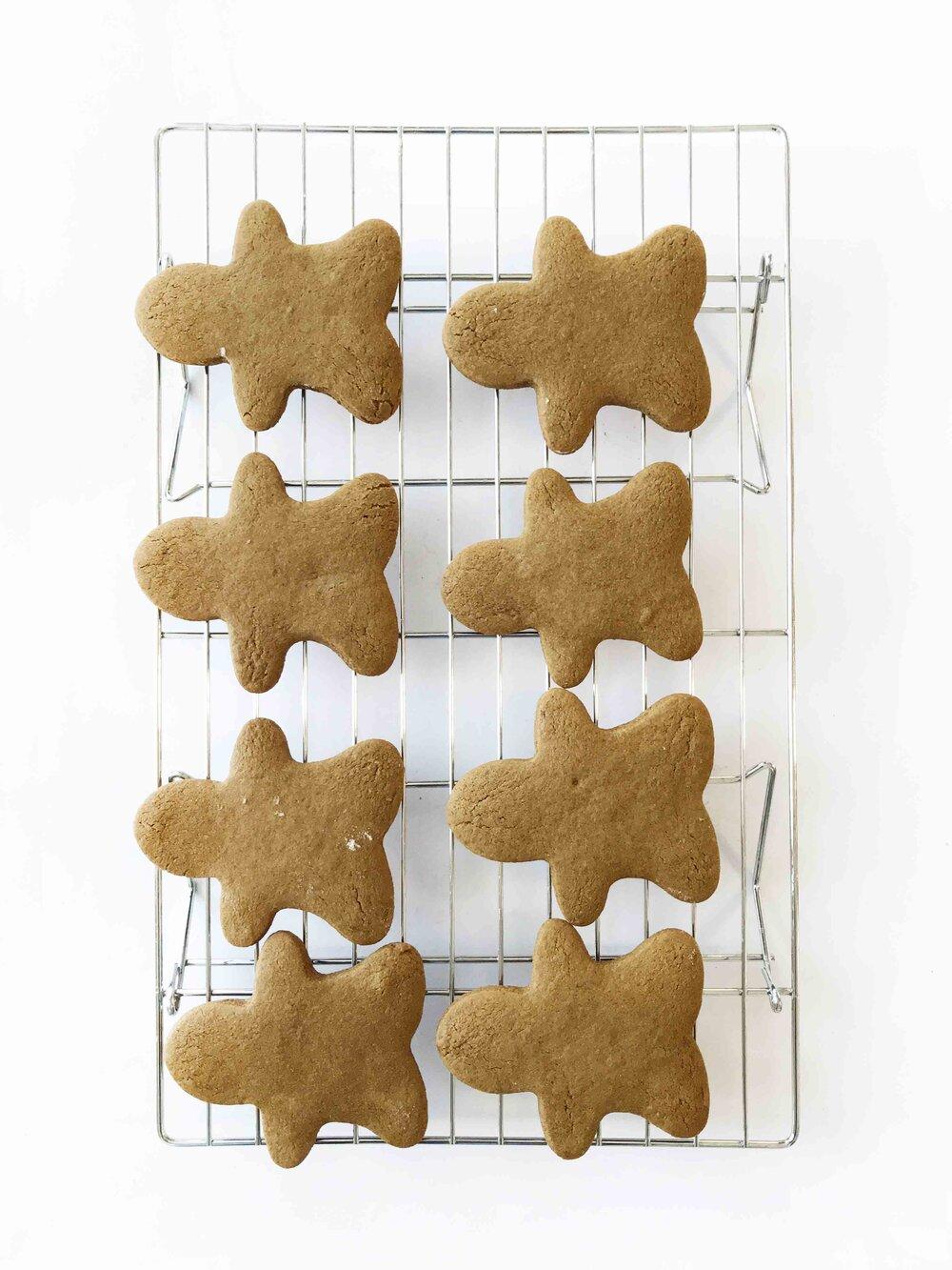 whole-wheat-gingerbread-men10.jpg