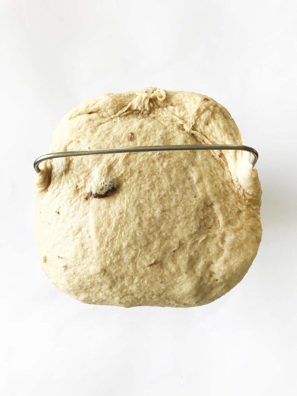 cinnamon-raisin-bread2.jpg