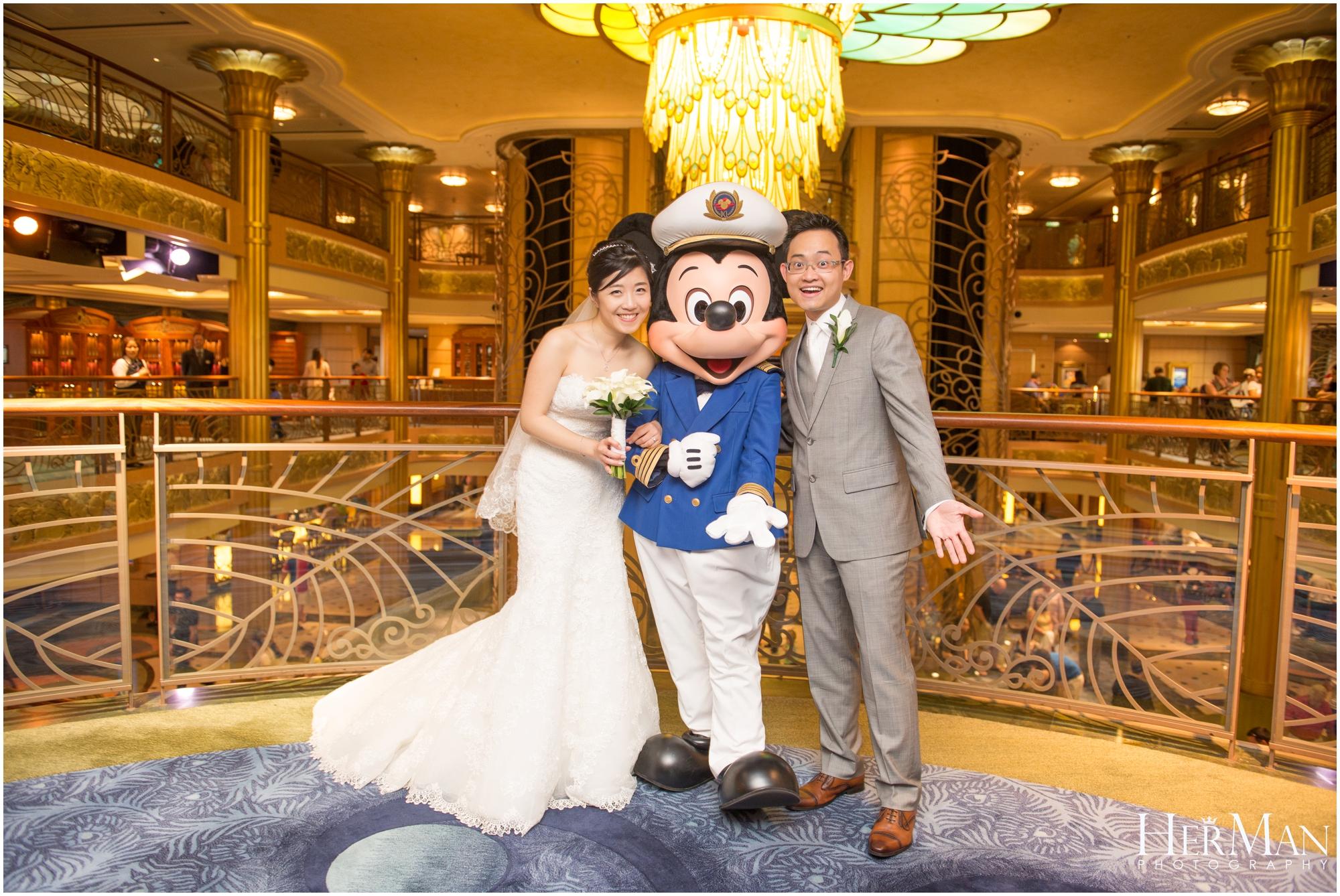 disney-fantasy-cruise-wedding-HerMan-photography_0036.jpg