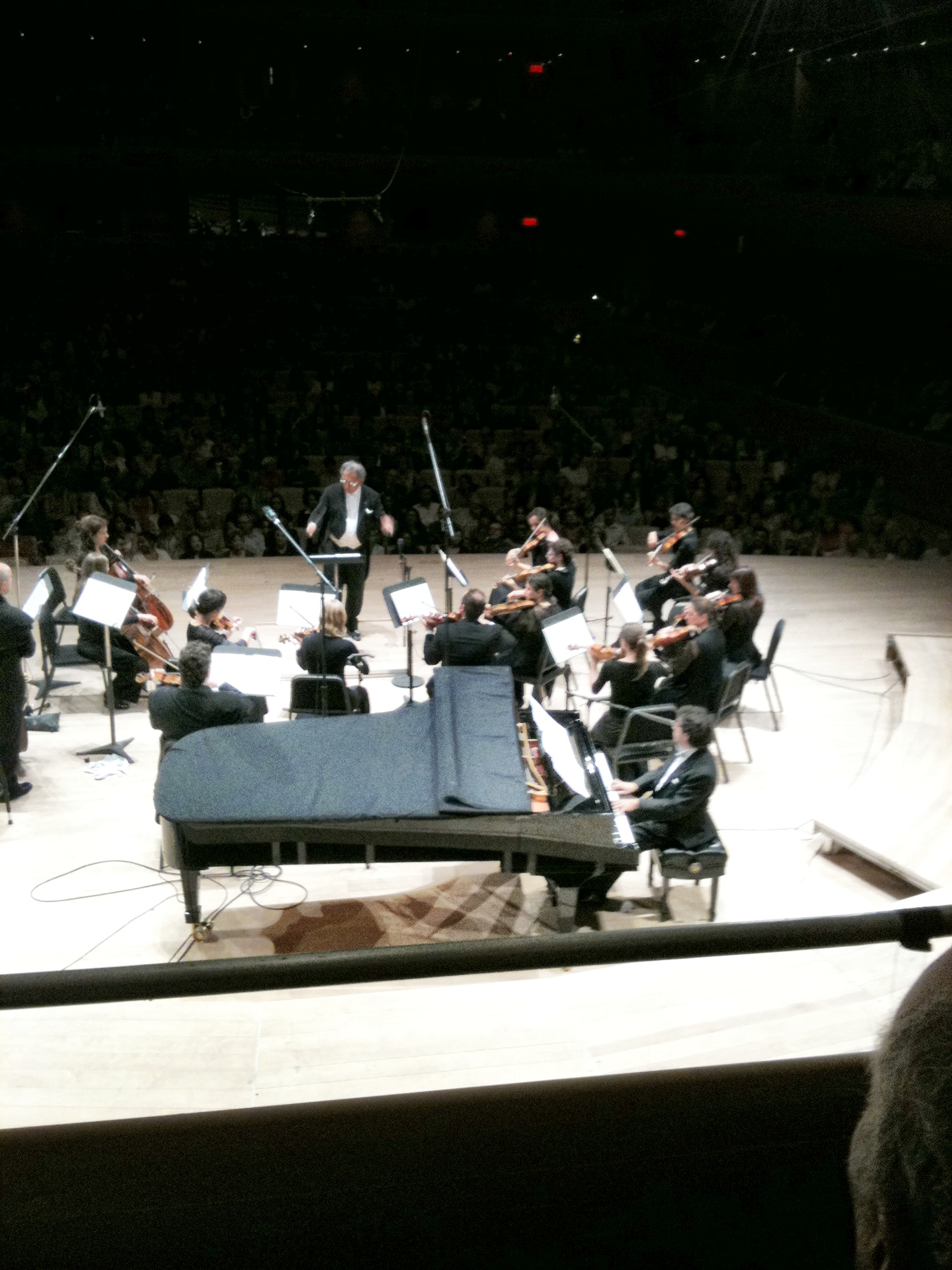 McGill Chamber Orchestra with Victor Simon