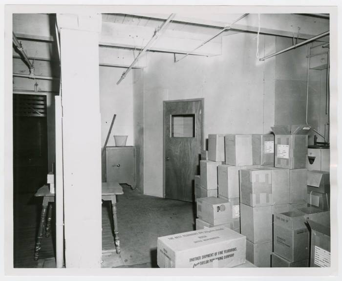 Photo 25- Second floor view of Entrance to Offices and Lunch Room.jpg