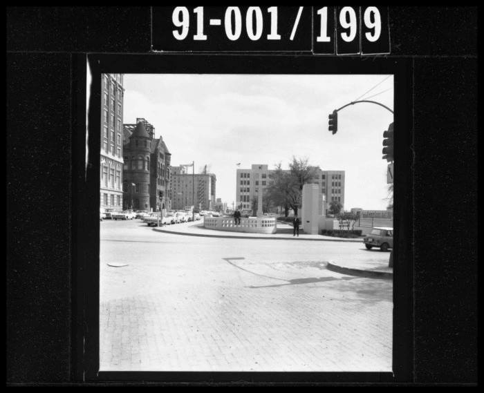 Photo 15- Houston St facing south toward Dealey Plaza.jpg