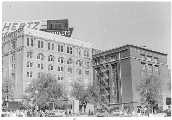 Photo 18- Northern view of Dealey Plaza (Depository and DALTEX Building).jpg