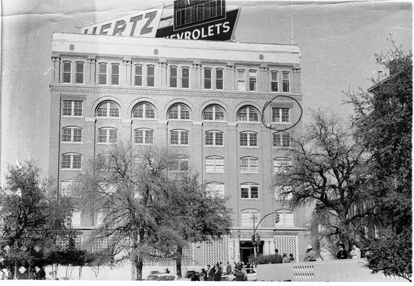 Photo 19- Northern view of Dealey Plaza (Depository).jpg
