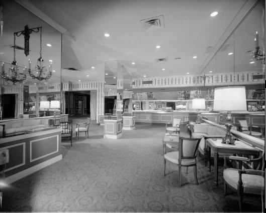 Photo 8- The Lounge (main area).jpg