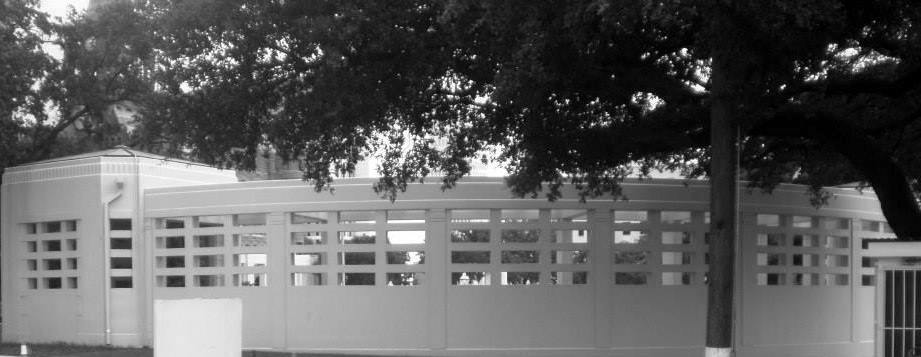 Photo 26- Rear view of Bryan pergola B&W.jpg