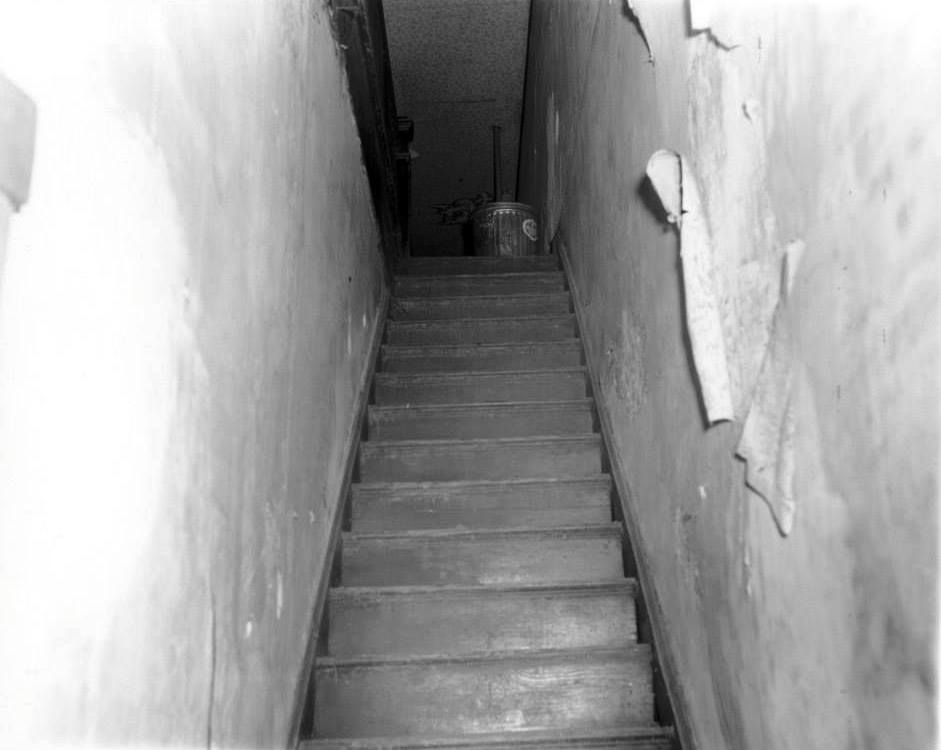 Photo 12- Brewer's boarding house stairway ascending.jpg