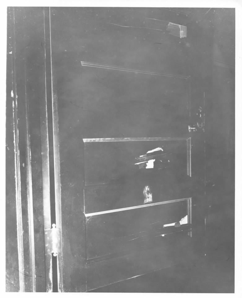 Photo 17 JER's room entrance.jpg