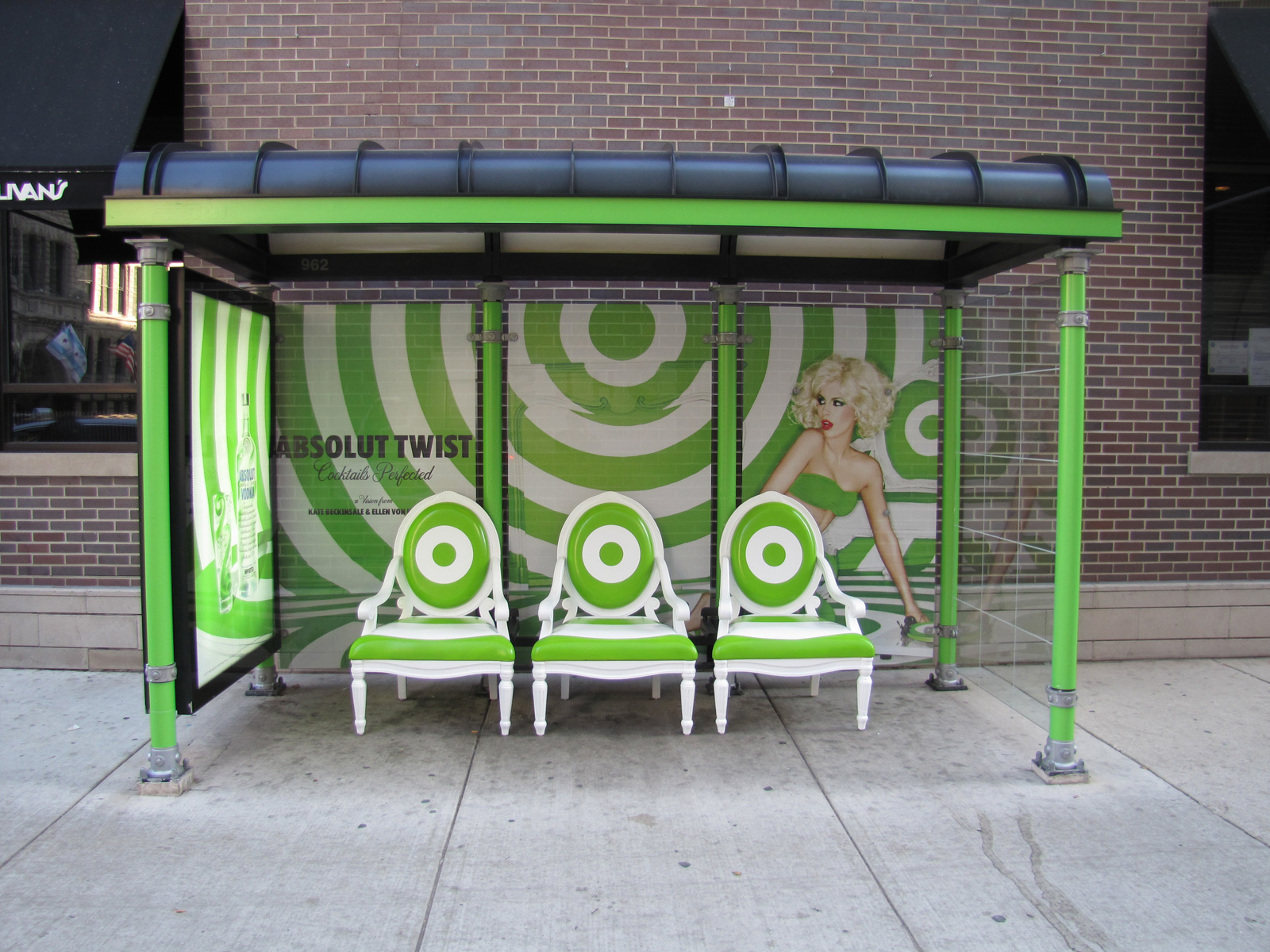 absolut-bloody-bus-stop-twist-bus-stop-lemon-drop-bus-stop-outdoor-130637-adeevee.jpg