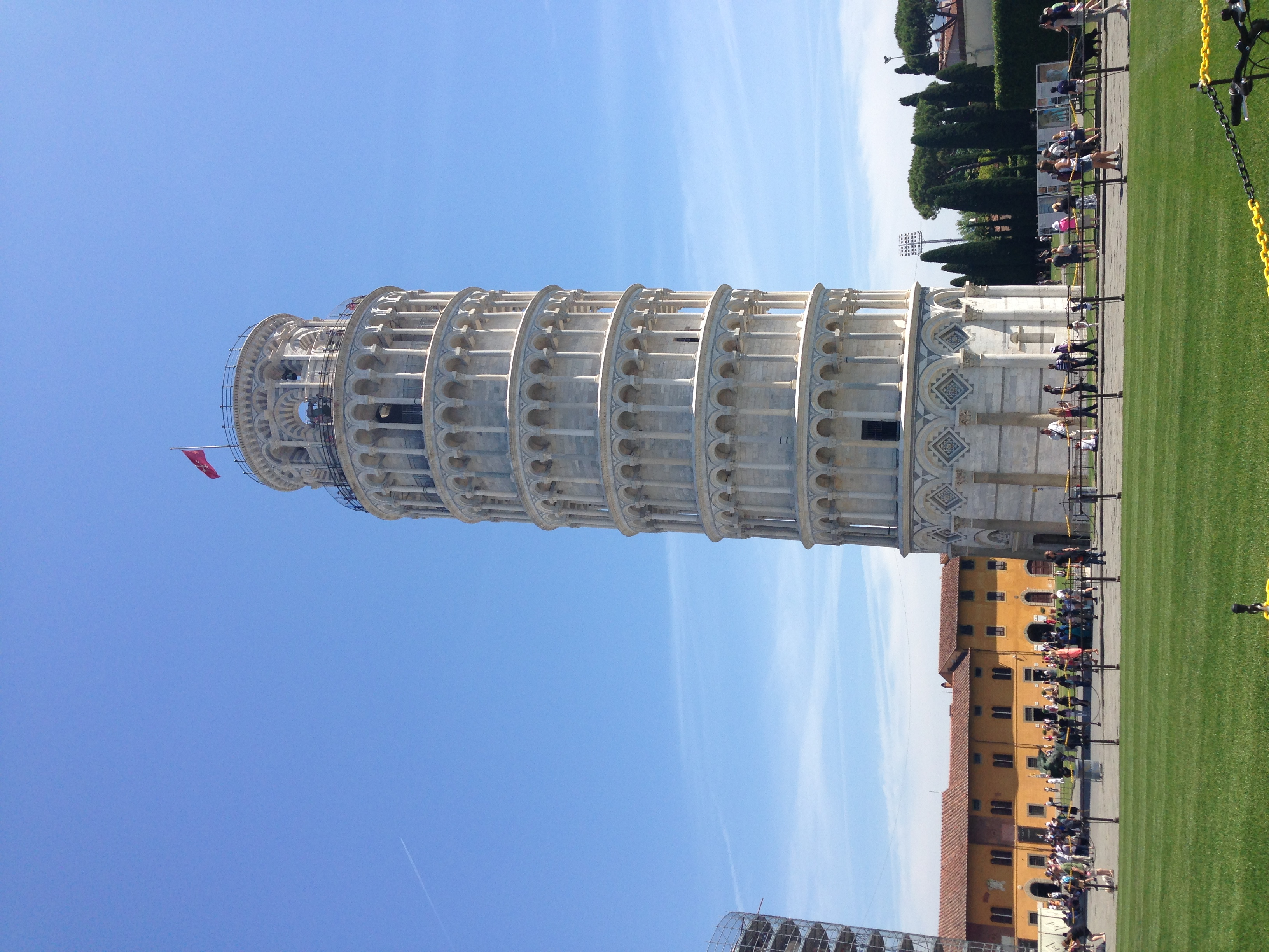Leaning Tower of Pisa - amazing how clean it is!
