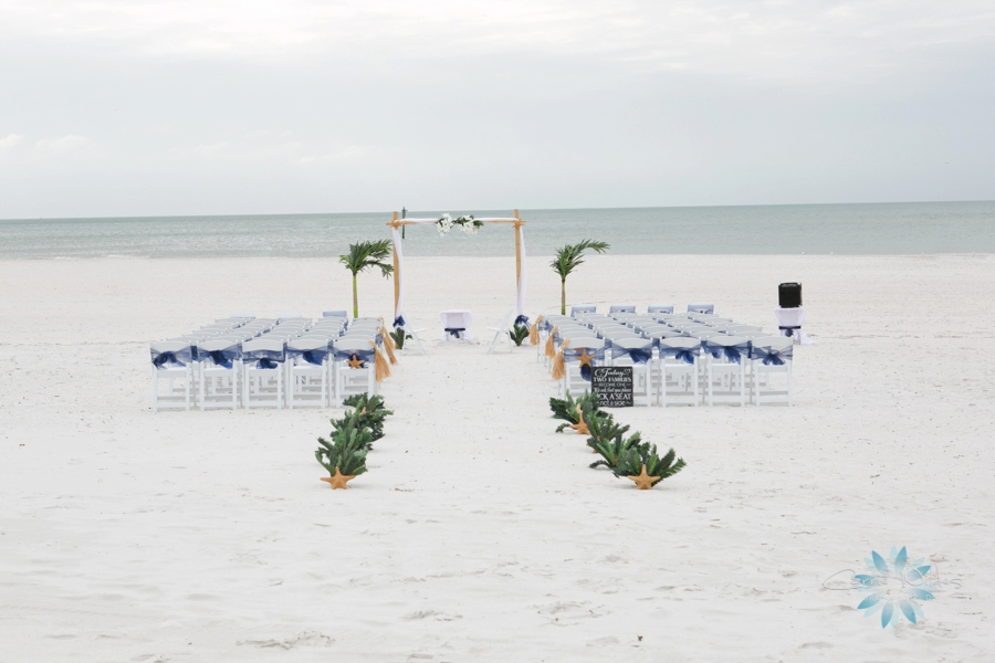 11_22_14 Clearwater Beach Wedding_0010.jpg
