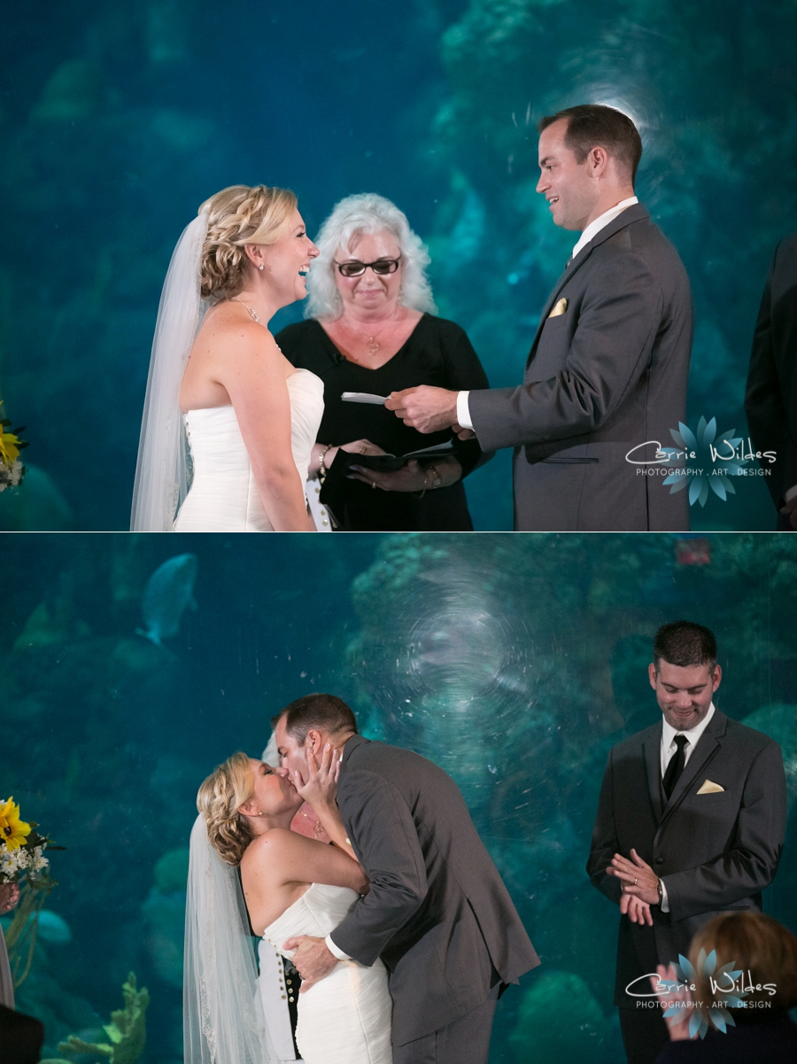 8_19_16 Florida Aquarium Wedding_0028.jpg