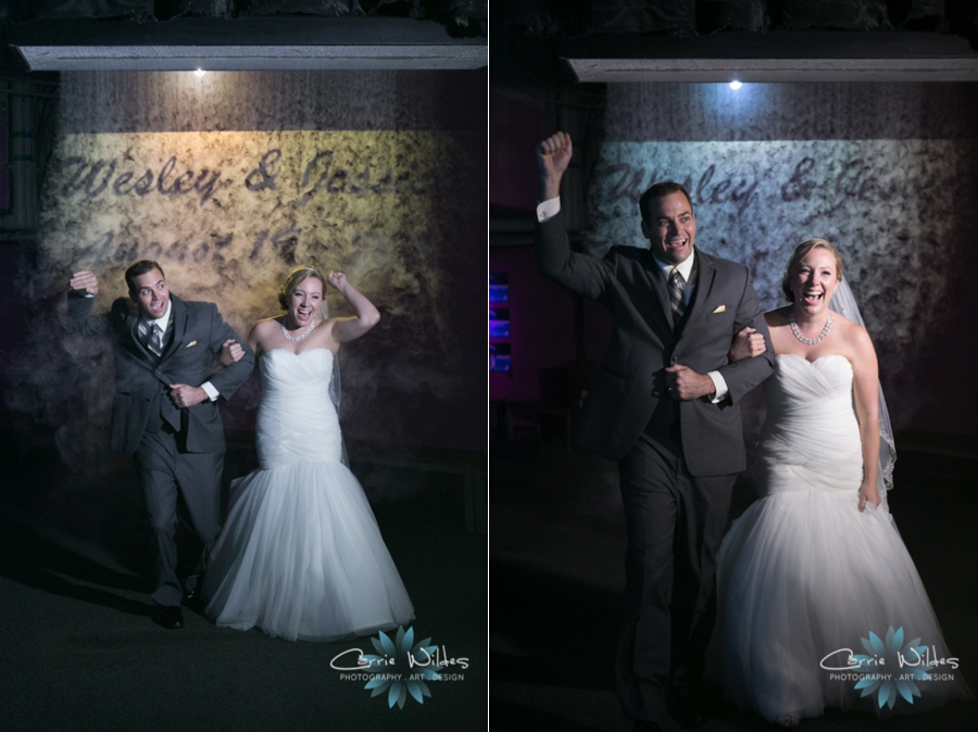 8_19_16 Florida Aquarium Wedding_0034.jpg