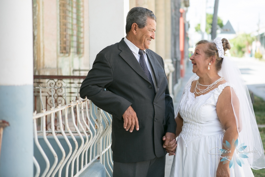 2_14_17 Cuba Mission Trip Wedding_0015.jpg