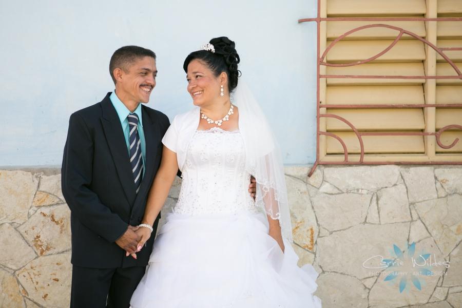 2_14_17 Cuba Mission Trip Wedding_0020.jpg