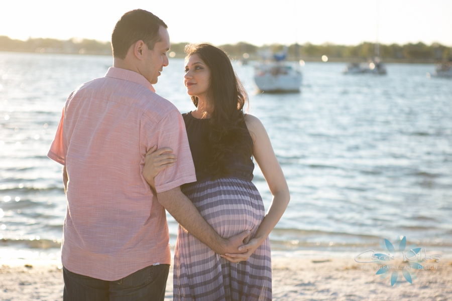 3_18_17 Anum and Eihab Tampa Lifestyle Maternity Session_0008.jpg