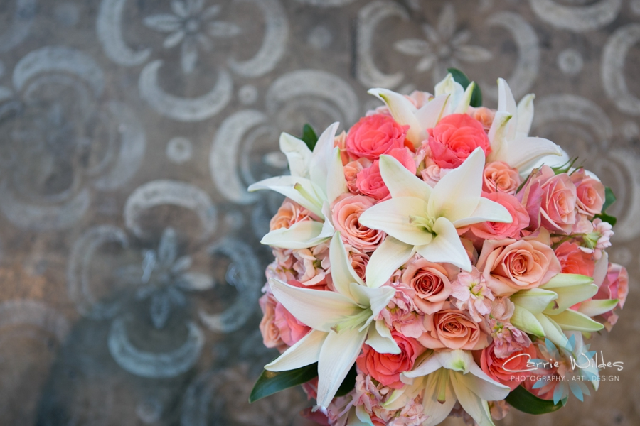 11_6_17 Kelly and Ryan Postcard Inn Wedding_0007.jpg