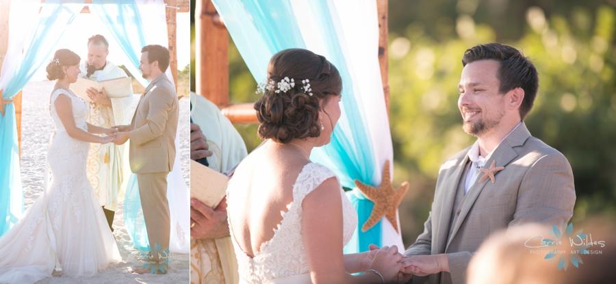 11_6_17 Kelly and Ryan Postcard Inn Wedding_0020.jpg