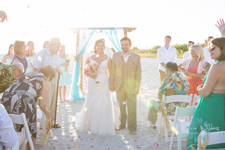 11_6_17 Kelly and Ryan Postcard Inn Wedding_0024.jpg