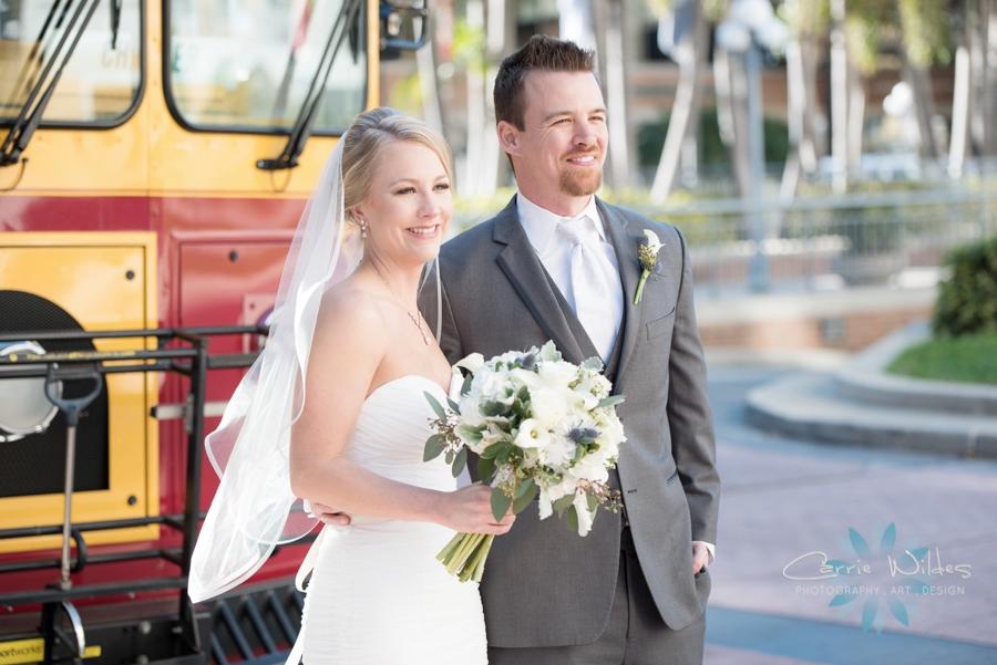 2_17_18 Kristin and Curtis Florida Aquarium Wedding_0021.jpg
