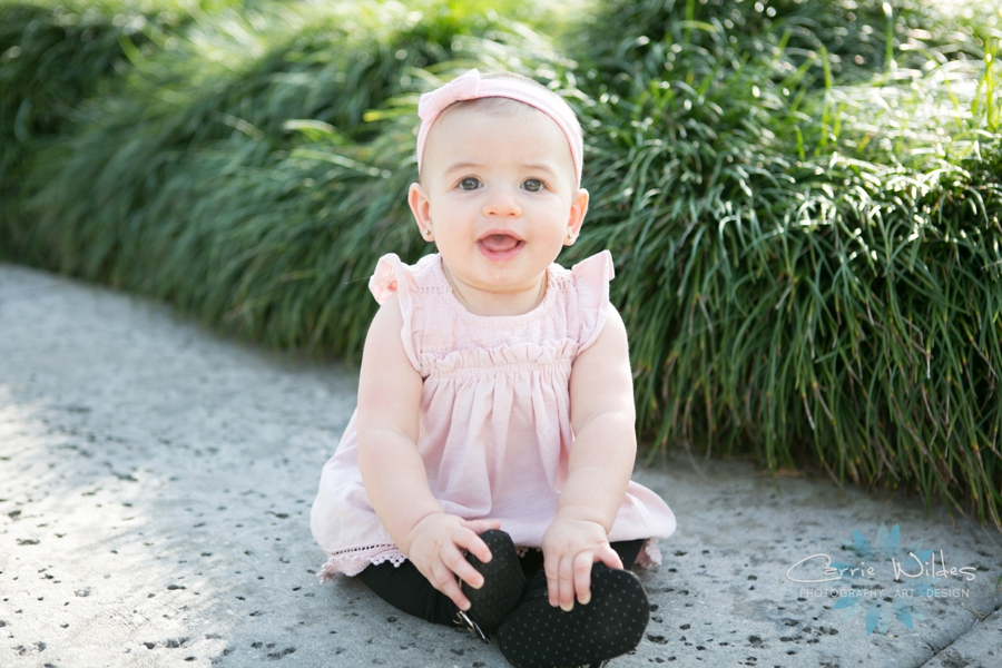 12_13_18 Hailey 6 Month Lakeland Family Portraits_0011.jpg