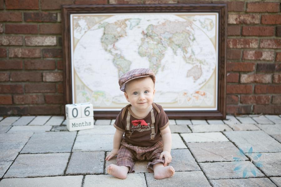 1_7_19 Landon Tampa Baby Portraits_0007.jpg