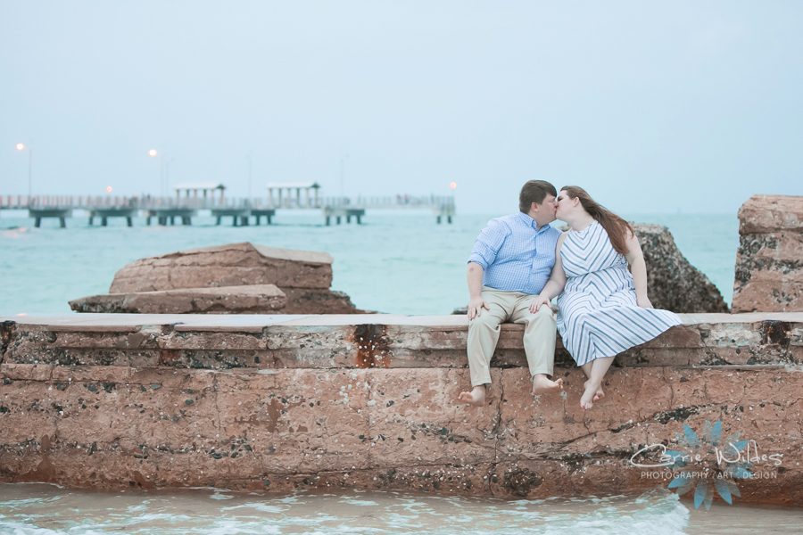 4_14_19 Elizabeth and Jonathan Fort Desoto Engagement 011.jpg