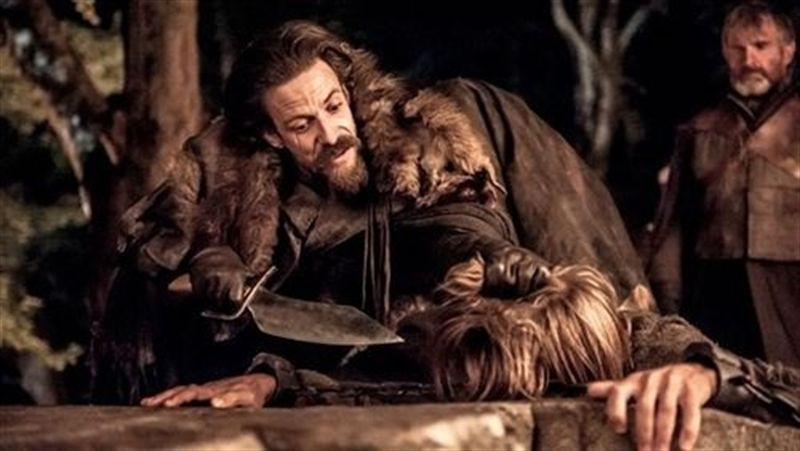 game-of-thrones-season-3-episode-3-walk-of-punishment-jamies-hand.jpg
