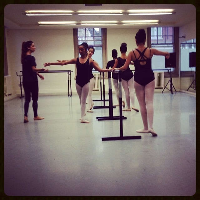 Sarah Kundi leading a ballet technique class