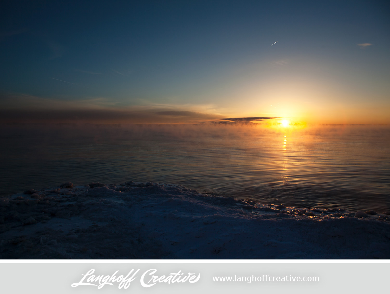 LanghoffCreative-LakeMichigan-winter-sunrise-Kenosha-Jan03-2014-photo-3.jpg