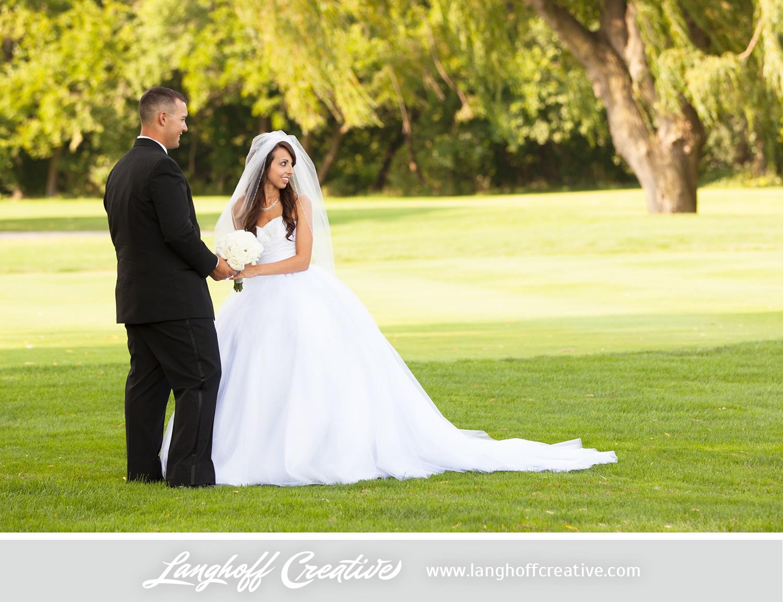 WisconsinWedding-WeddingPhotography-KenoshaCountryClub-LanghoffCreative-21-photo.jpg
