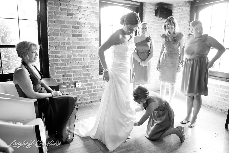 RaleighWedding-WeddingPhotography-NCwedding-BabylonRaleigh-LanghoffCreative-2014-Oakley4-photo.jpg