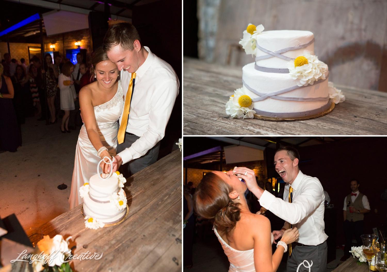 RaleighWedding-WeddingPhotography-NCwedding-BabylonRaleigh-LanghoffCreative-2014-Oakley38-photo.jpg