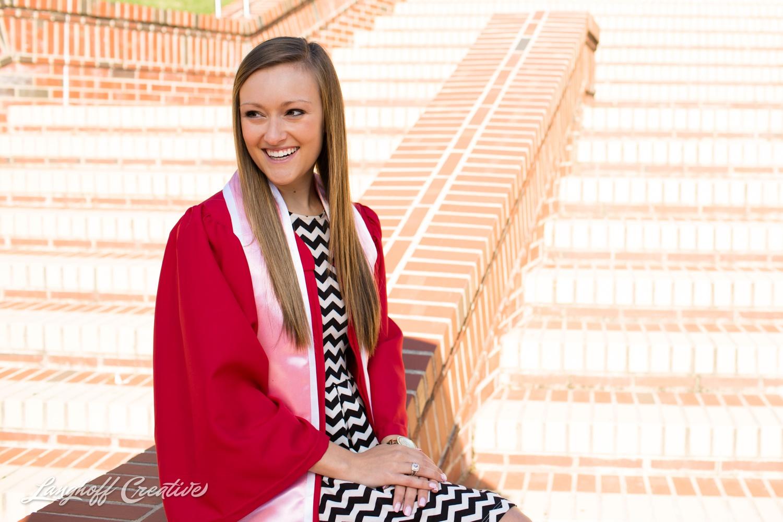 NCStateSenior-ClassOf2015-SeniorPictures-GradPictures-CollegeGraduation-NCSU-RaleighPhotographer-LanghoffCreative-2015-Tori3-photo.jpg