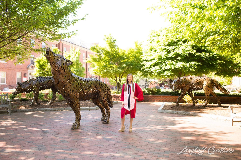 NCStateSenior-ClassOf2015-SeniorPictures-GradPictures-CollegeGraduation-NCSU-RaleighPhotographer-LanghoffCreative-2015-Tori9-photo.jpg