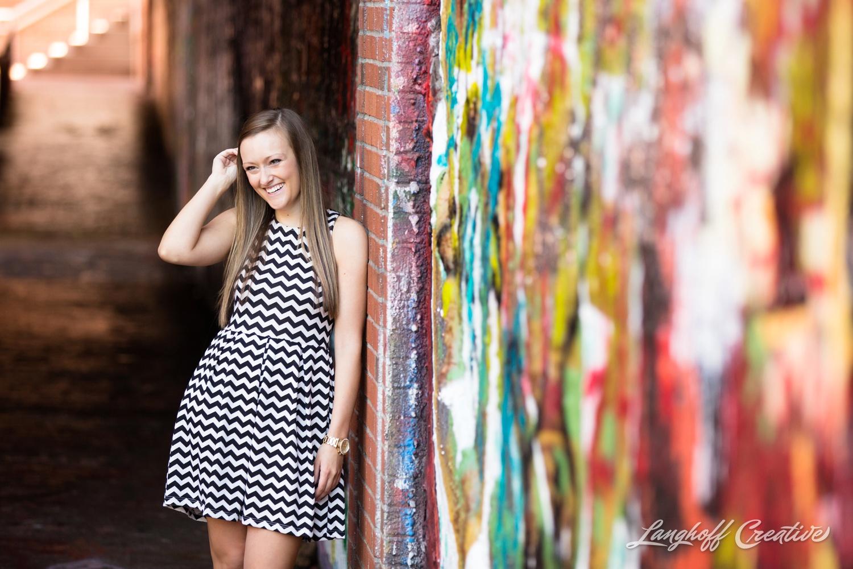 NCStateSenior-ClassOf2015-SeniorPictures-GradPictures-CollegeGraduation-NCSU-RaleighPhotographer-LanghoffCreative-2015-Tori11-photo.jpg
