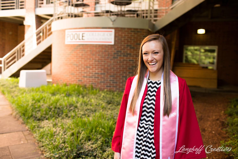 NCStateSenior-ClassOf2015-SeniorPictures-GradPictures-CollegeGraduation-NCSU-RaleighPhotographer-LanghoffCreative-2015-Tori13-photo.jpg