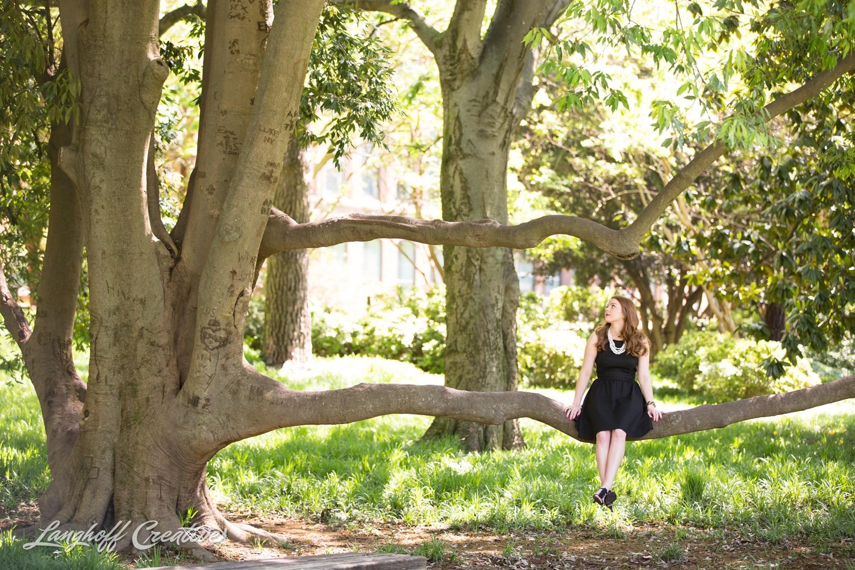 NCStateSenior-ClassOf2015-SeniorPictures-GradPictures-CollegeGraduation-NCSU-RaleighPhotographer-LanghoffCreative-2015-Samantha6-photo.jpg