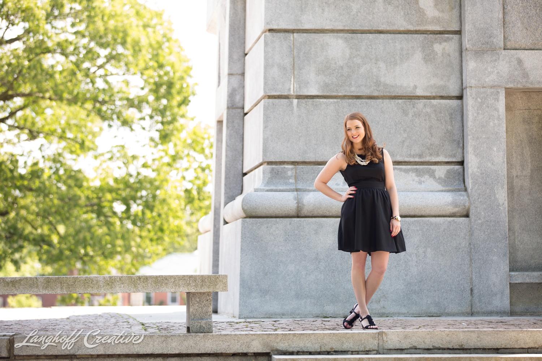 NCStateSenior-ClassOf2015-SeniorPictures-GradPictures-CollegeGraduation-NCSU-RaleighPhotographer-LanghoffCreative-2015-Samantha9-photo.jpg