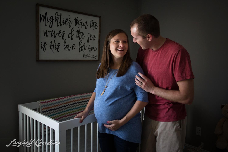 LanghoffCreative-MaternitySession-RaleighFamilyPhotography-DocumentaryFamilyPhotography-RaleighMaternity-DayInTheLife-RealLifeSession-Oakley-12-photo.jpg