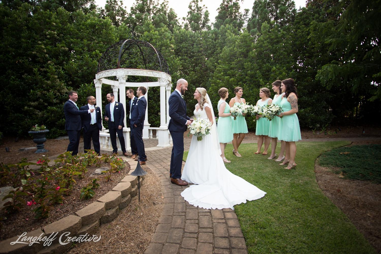 LanghoffCreative-AmberLanghoff-Wedding-DocumentaryFamilyPhotography-NCphotographer-DocumentaryPhotographer-RaleighDurham-JaredJennifer-11-photo.jpg