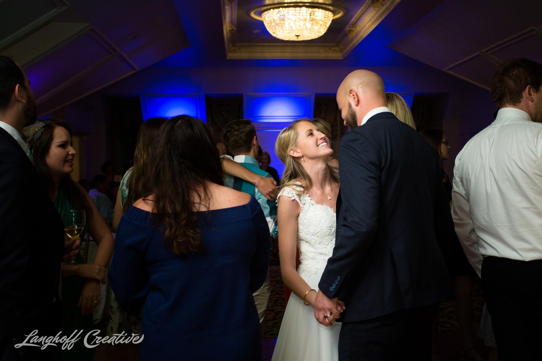 LanghoffCreative-AmberLanghoff-Wedding-DocumentaryFamilyPhotography-NCphotographer-DocumentaryPhotographer-RaleighDurham-JaredJennifer-19-photo.jpg