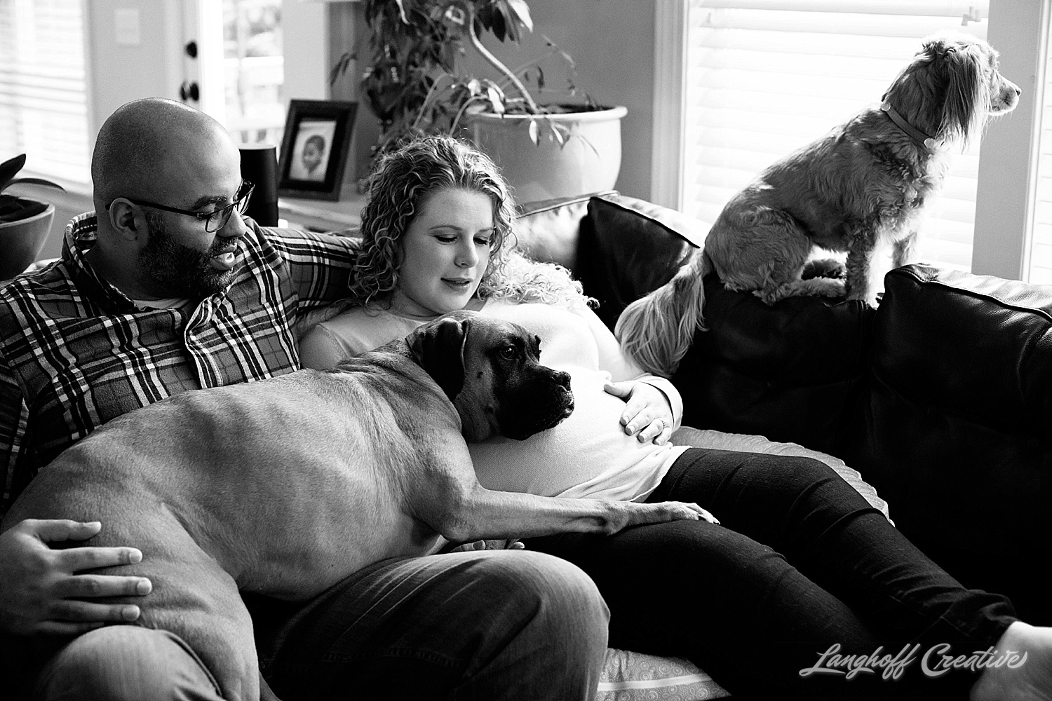 2018-Gambino-MaternitySession-DocumentaryFamilyPhotography-LanghoffCreative-DocumentaryPhotographer-RealLifeSession-18.jpg