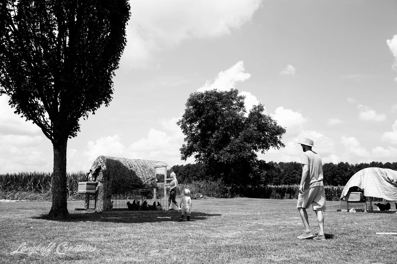 LanghoffCreative-RealLifeSession-DayInTheLifeSession-DocumentaryFamilyPhotography-DocumentaryFamilyPhotographer-RaleighFamily-DurhamFamily-RDUfamily-CollinsFarm-1-photo.jpg