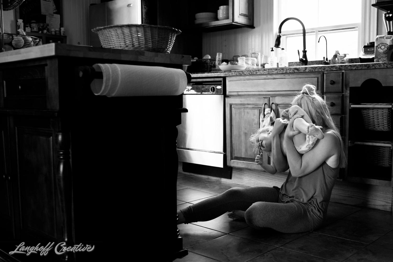 LanghoffCreative-RealLifeSession-DayInTheLifeSession-DocumentaryFamilyPhotography-DocumentaryFamilyPhotographer-RaleighFamily-DurhamFamily-RDUfamily-CollinsFarm-14-photo.jpg