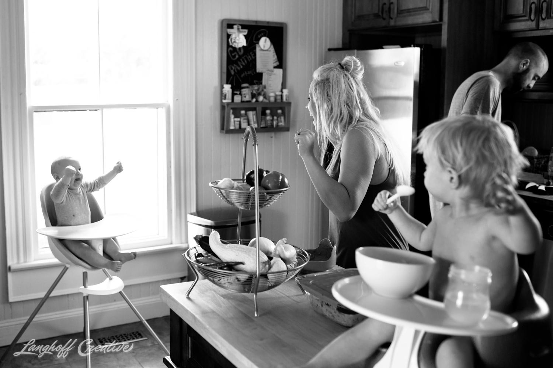 LanghoffCreative-RealLifeSession-DayInTheLifeSession-DocumentaryFamilyPhotography-DocumentaryFamilyPhotographer-RaleighFamily-DurhamFamily-RDUfamily-CollinsFarm-19-photo.jpg