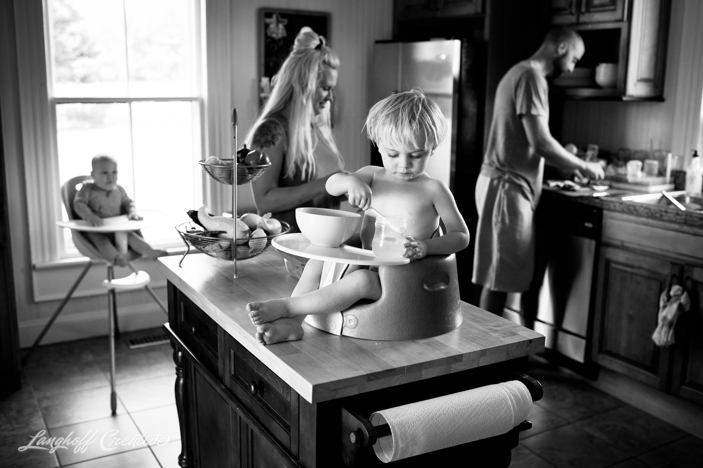 LanghoffCreative-RealLifeSession-DayInTheLifeSession-DocumentaryFamilyPhotography-DocumentaryFamilyPhotographer-RaleighFamily-DurhamFamily-RDUfamily-CollinsFarm-22-photo.jpg