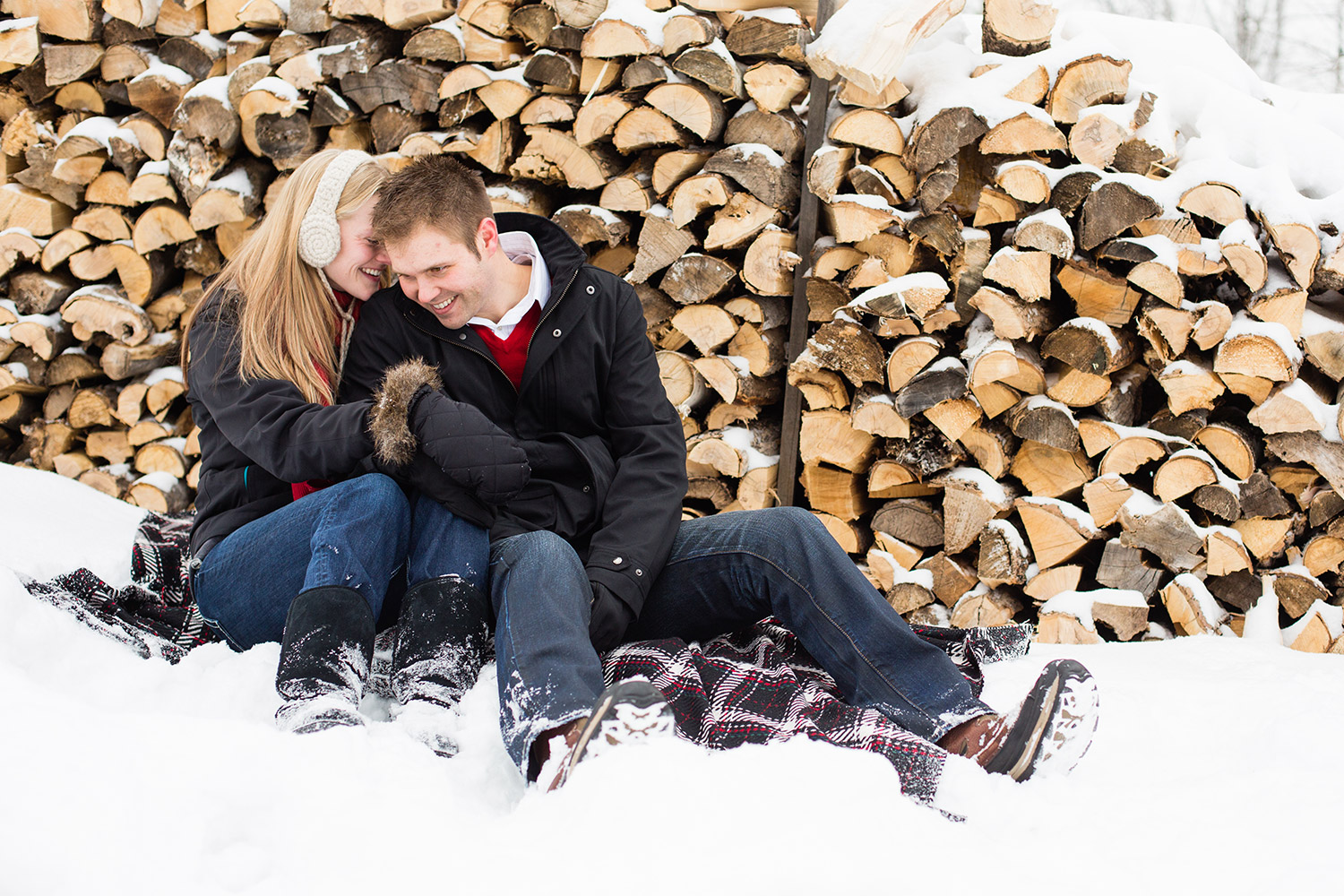 Northern Minnesota winter engagement session