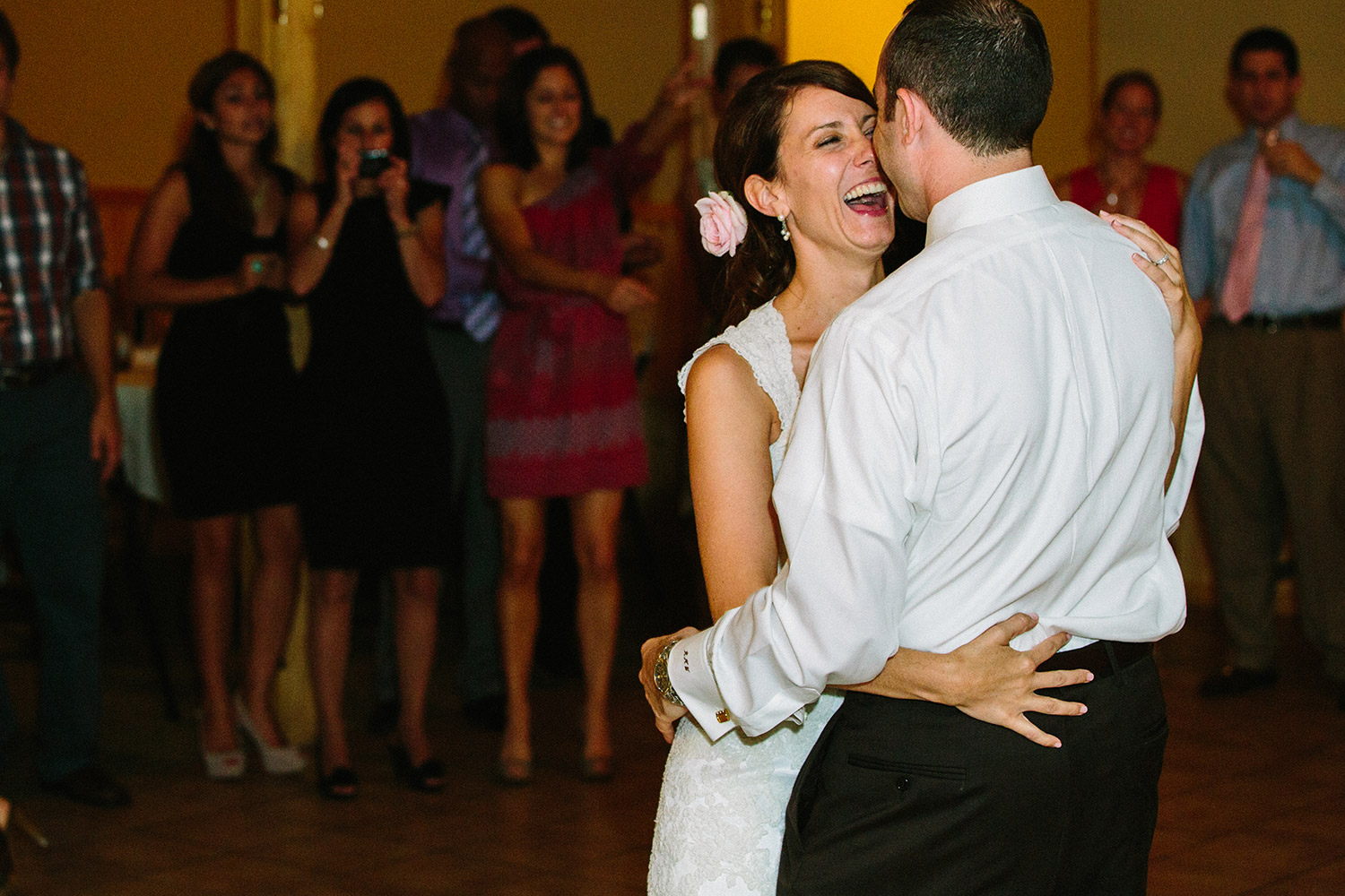30-paynesville_mn_wedding-bugs-bee-hive-resort.jpg
