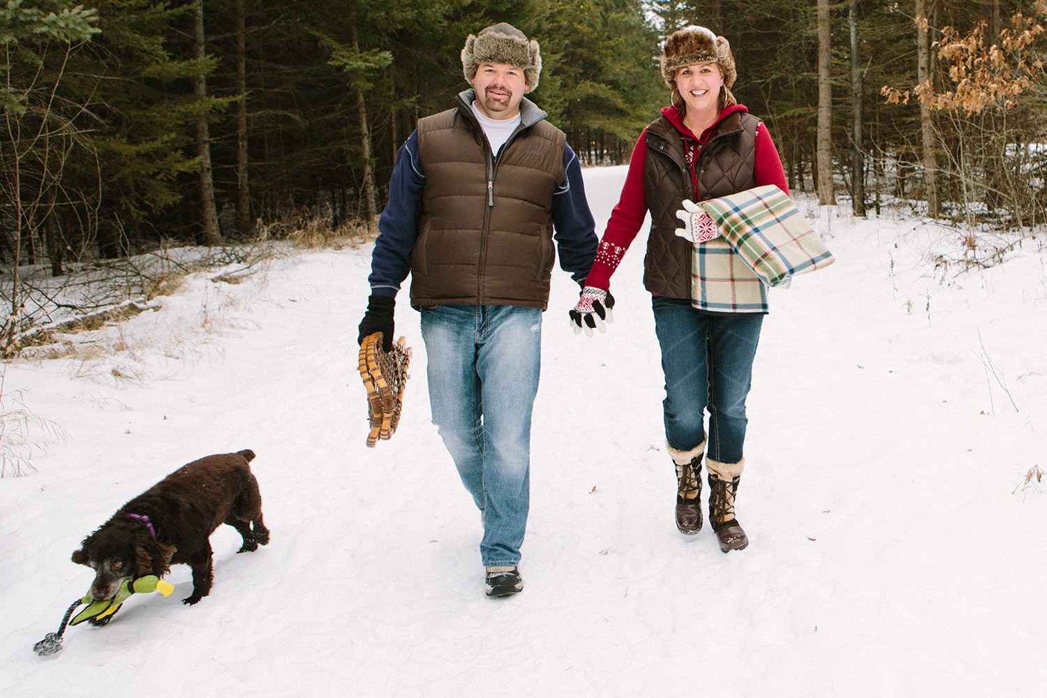 08-northern-minnesota-brainerd-winter-engagement-session.jpg